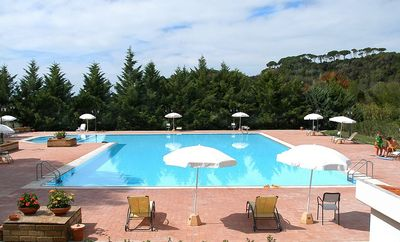 Quiet apartment near the sea with swimming pool and restaurant, WIFI / WLAN