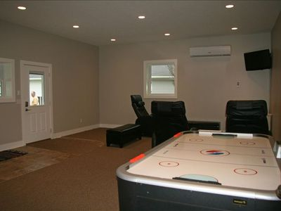 Entry/Rec Room includes air-hockey table, puzzles, card games, massage chairs&TV