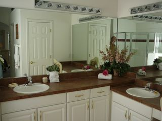 Cumbrian Lakes house photo - His and Hers seperate sinks