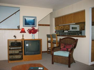 Siitzmark 1, Tahoe, living room - The owners keep updating this condo, making it very comfortable and inviting