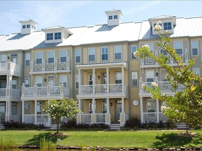 Canal Front Townhouse with great bay views