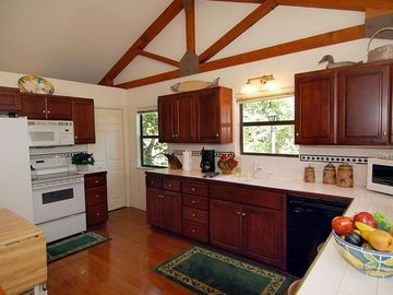 Large, well-equiped kitchen. Great Lake Tahoe views & room for extra chefs.