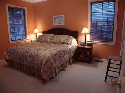 Ocean View house rental - First floor spacious master suite with king bed