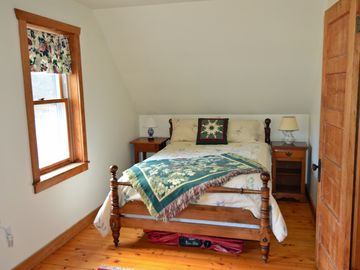 west bedroom