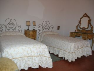 Fiesole villa photo - Antonella bedroom - joinable twin beds