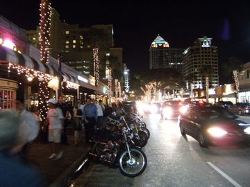 nightlife in LAS OLAS
