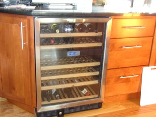 Oak Bluffs house photo - Wine fridge