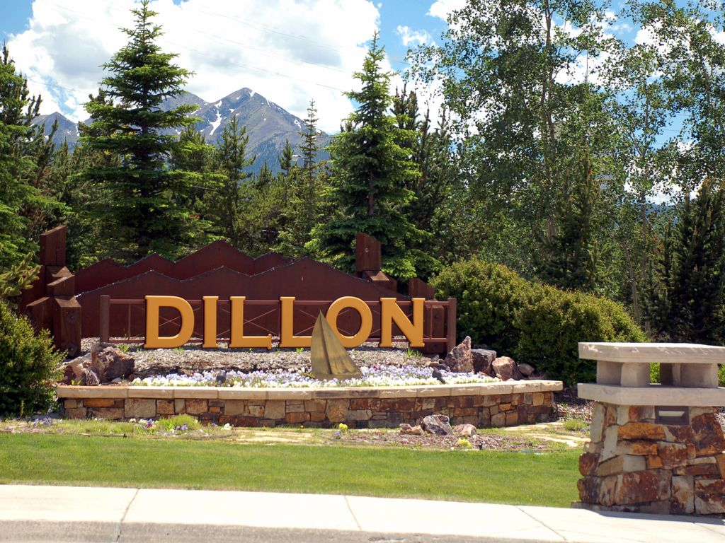 Welcome to Dillon, the heart of Summit County!