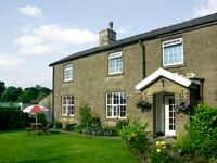 JESSIES COTTAGE, family friendly, with a garden in Combs, Ref 1487