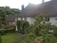 Beautiful Thatched Devon Longhouse Near The Sea With Indoor Swimming Pool