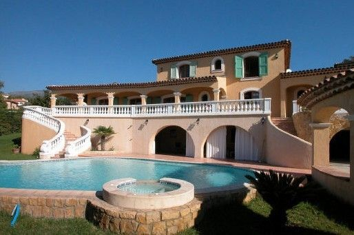 Accommodation near the beach, 430 square meters,