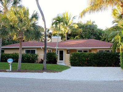 A Shore Thing---Our ground level Captiva Island get away.