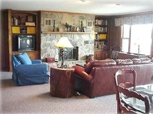 Upstairs Family Room with beautiful view of the lake and mountains!
