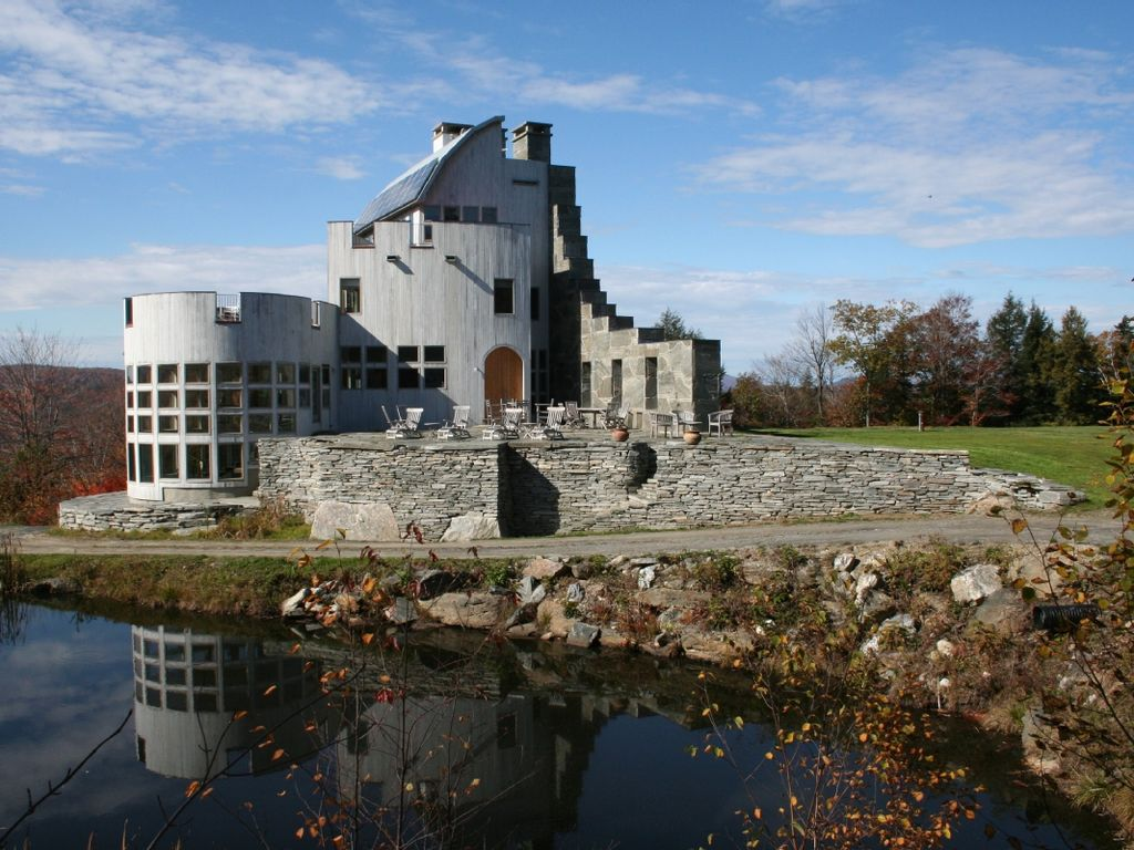 A Modern Scottish Mountain Top Castle Homeaway Cavendish