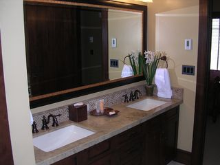 Deer Valley condo photo - Master Bathroom with Jacuzzi Tub