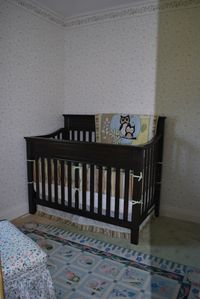 Orilla chateau / country house rental - Baby's room.