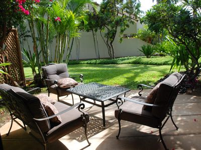 Lush and Private Lanai