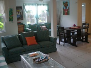 Grand Bahama Island cottage photo - Living Area and Dinette