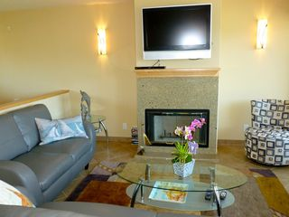 Pacific Grove condo photo - Living Room