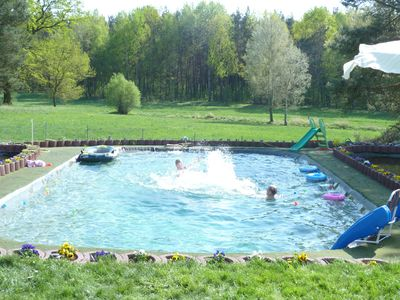 quiet HOLIDAY on the outskirts with pool, sauna, playground, large garden, animals