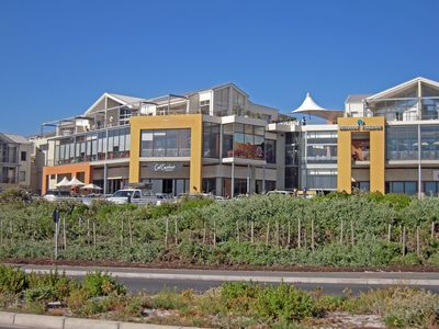 Seaside Deluxe Apartment, upmarket self catering accommodation in Big Bay