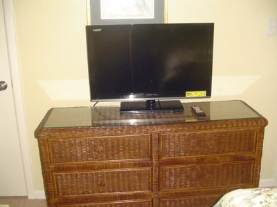 "32"" TV on chest"