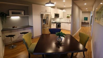 Newly renovated top floor 3-bdrm gem in the Bayview