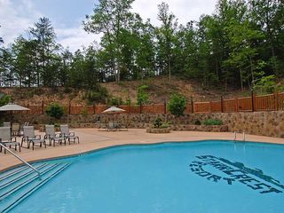 Pigeon Forge cabin photo - A private pool in Starr Crest resort for you to enjoy.