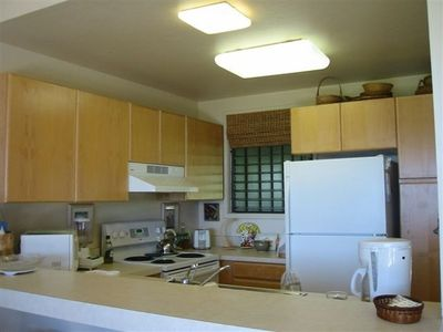 Ocean view fully equipped kitchen.