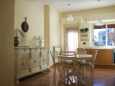 Caserta: simple and elegant central apartment a stone's throw from the Chateau