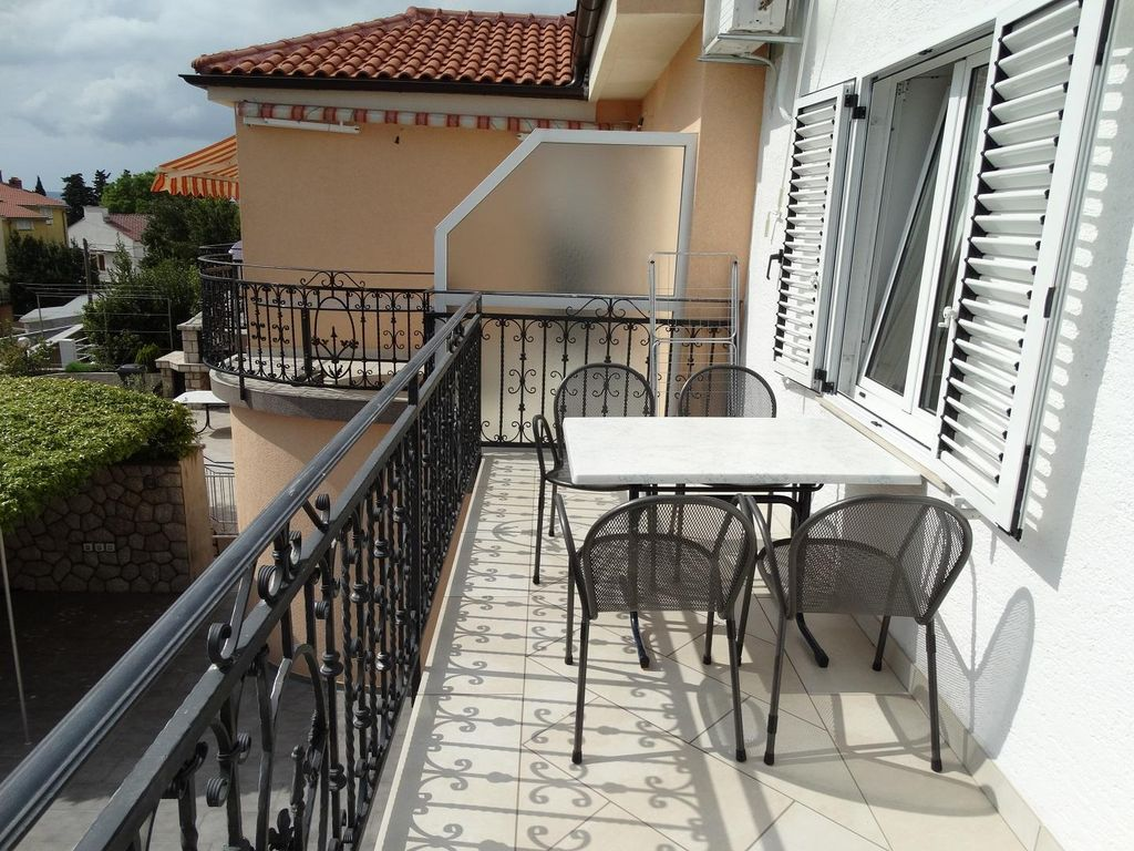 Accommodation near the beach, 48 square meters, Crikvenica, Croatia