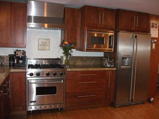 Redondo Beach house photo - Enjoy modern appliances such as this Viking stove and Electrolux Refridgerator.