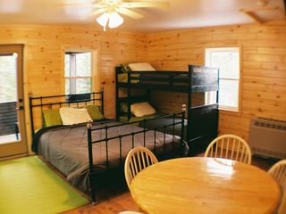 Grayling cabin photo - Queen and Twin Bunk Beds