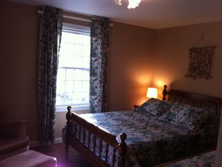 Bedroom#1, first floor, double windows, double bed, cable TV, AC