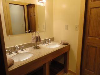 Upstairs Bathroom - Stowe house vacation rental photo