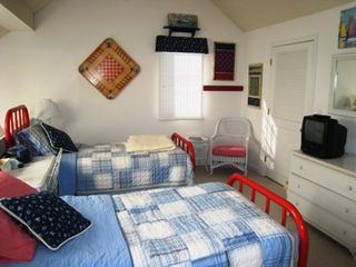 Brewster Ocean Edge Resort townhome photo - Twin beds in the loft bedroom.