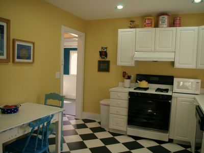 Lakeside cottage rental - Fully Equipped Kitchen