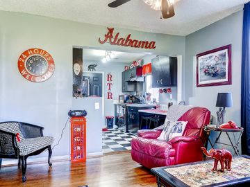 Tuscaloosa condo rental - This wonderful Tuscaloosa vacation rental condo is the ideal home base for exploring the University of Alabama!