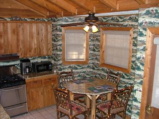 Blue Ridge cabin photo - Eat-In Kitchen Area with raised Granite Table