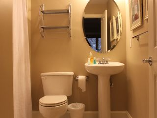 Belmont Towers Ocean City condo photo - Private bath of Second Master Bedroom