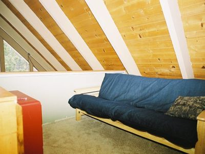 Futon in upstairs loft