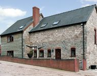 GREEN FARM COTTAGE, family friendly in Hereford, Ref 1063