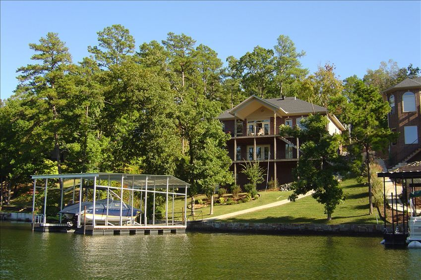 Spectacular Waterfront Home on Lake... - HomeAway Hot Springs