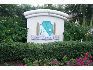 Naples condo photo - The Glades Golf & Country Club Golf Wohnanlage im Glades Country Club