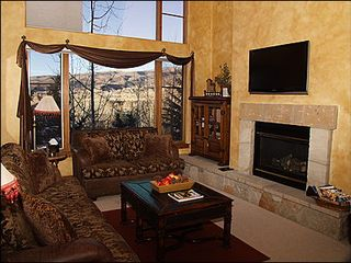 Edwards condo photo - Sunny, Luxury Living Area - Large TV, Gas Fireplace, Views
