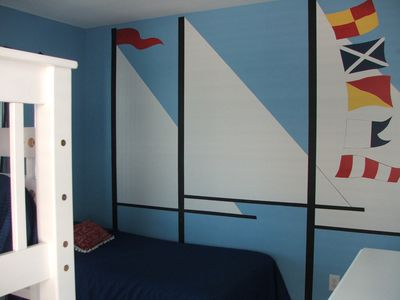 sailing away in the bunkbed room