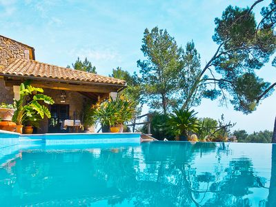 Charming Villa for 6 persons in Inca, Pool, stunning Views, Wifi, AC