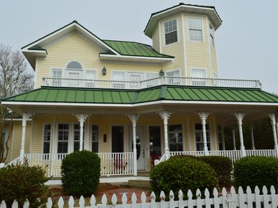 Beautiful Victorian Home with double wrap around     decks