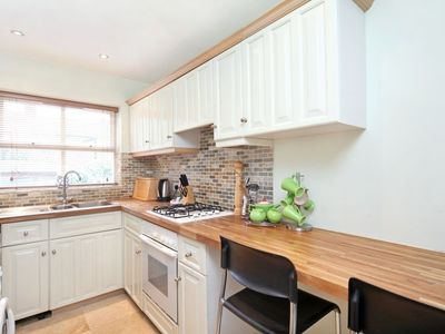 Windsor & Eton house rental - kitchen