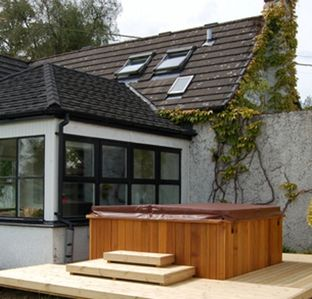 Enjoy The Freedom And Space That Lochend & Lake Of Menteith Have To Offer